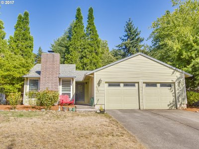 Hillsboro Single Family Home For Sale: 2238 SE Thrush Ave