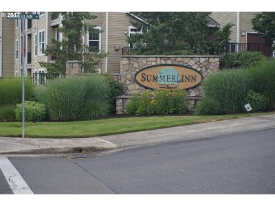 West Linn Condo/Townhouse For Sale: 509 Springtree Ln