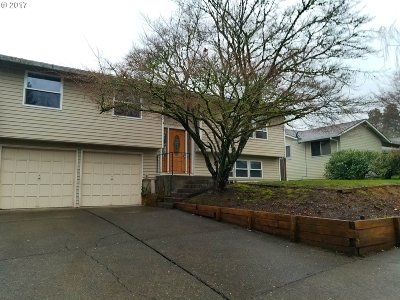 Beaverton Single Family Home For Sale: 12040 SW Davies Rd