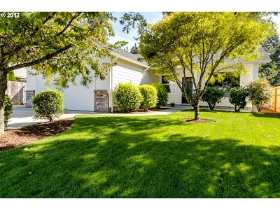 Springfield Single Family Home For Sale: 5029 Forsythia Dr