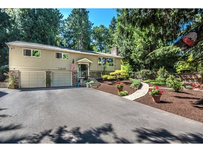 Tigard Single Family Home For Sale: 11200 SW Errol St