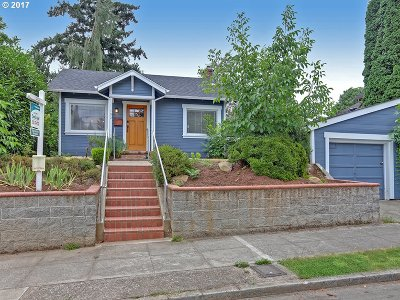 Portland Single Family Home For Sale: 102 SE 74th Ave