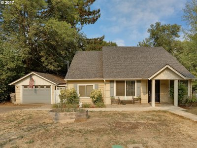 West Linn Single Family Home For Sale: 18350 Lower Midhill Dr