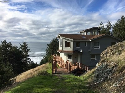 Gold Beach Single Family Home For Sale: 28094 Hwy 101