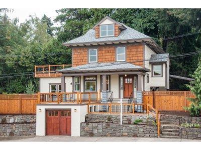 Portland Single Family Home For Sale: 623 SE Franklin St