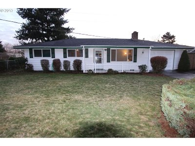 Skamania County, Clark County Single Family Home For Sale: 11011 NE 42nd St