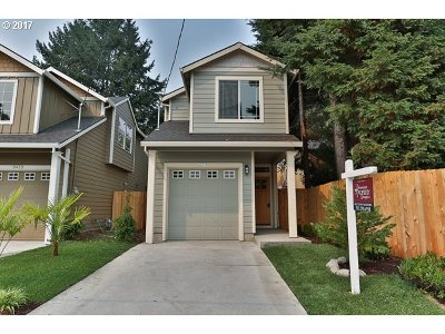 Portland Single Family Home For Sale: 9463 N Buchanan Ave