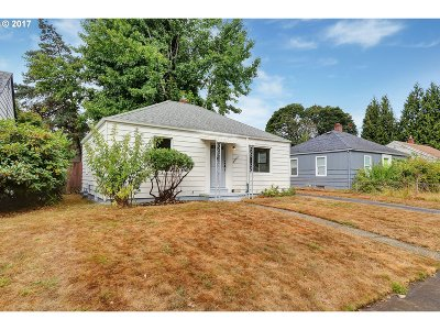 Portland Single Family Home For Sale: 4647 SE 46th Ave