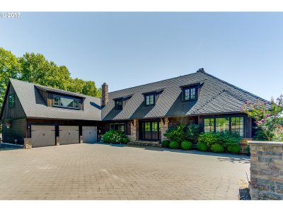 Lake Oswego Single Family Home For Sale: 2160 Childs Rd