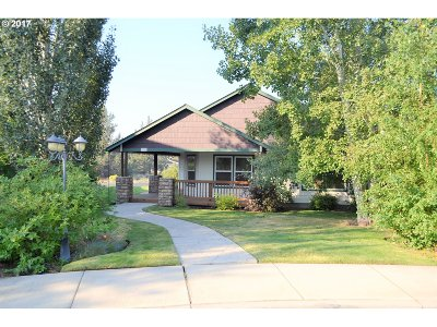 Bend Single Family Home For Sale: 2741 NE Red Oak Dr