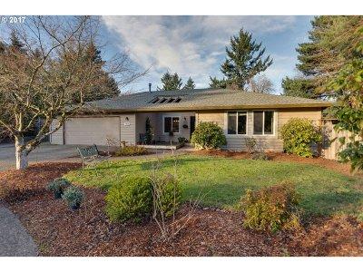 Beaverton Single Family Home For Sale: 7520 SW Lotus Blossom Pl