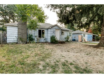 Eugene Single Family Home For Sale: 391 Wilkie St