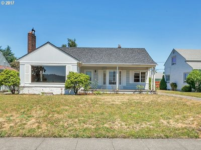 Single Family Home For Sale: 4703 N Willamette Blvd