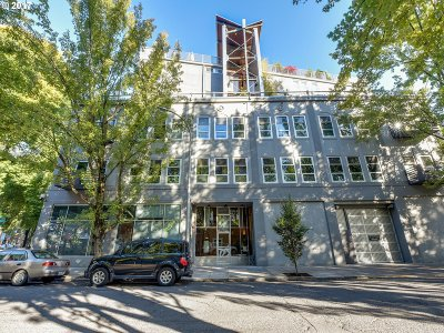 Portland Condo/Townhouse For Sale: 725 NW Flanders St #405