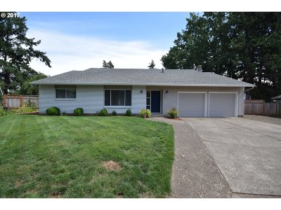 Hillsboro Single Family Home For Sale: 2460 SE Larkspur Ct