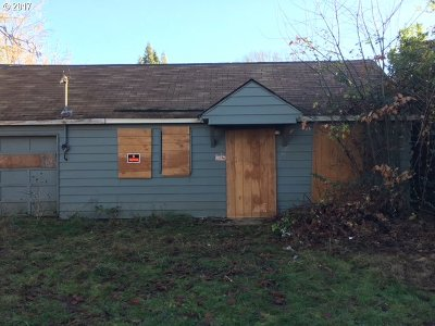 Forest Grove Single Family Home For Sale: 2021 Filbert St
