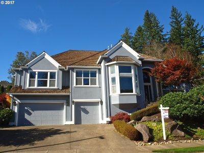Happy Valley OR Single Family Home For Sale: $649,900