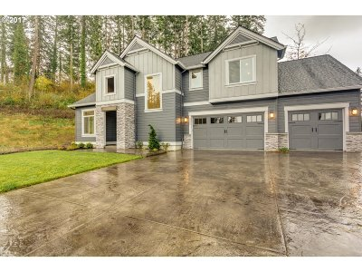 Camas Single Family Home For Sale: 3239 NW Hood Ct