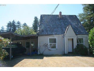 Coos Bay Single Family Home For Sale: 1351 Dakota