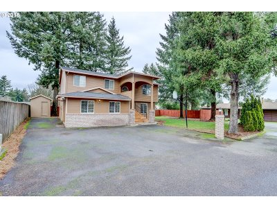 Single Family Home For Sale: 704 NE 155th Ave