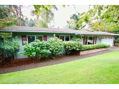 Tigard Single Family Home For Sale: 12450 SW Summer Crest Dr