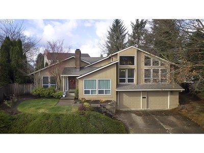 West Linn Single Family Home For Sale: 1963 Sunburst Ter