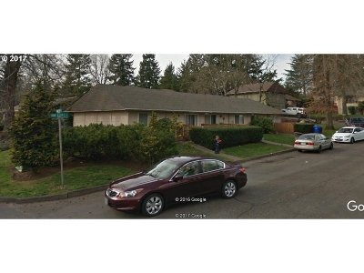 Gresham Multi Family Home For Sale: 2005 NW Earl Ct