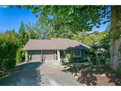 Single Family Home For Sale: 8405 SE Clatsop Ct