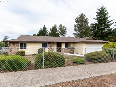 Gresham Single Family Home For Sale: 1631 SW 15th St