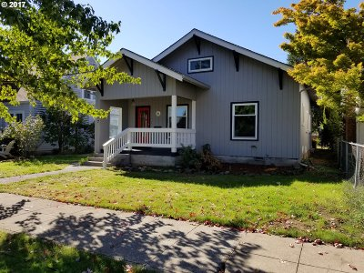 Junction City Single Family Home For Sale: 877 Laurel St