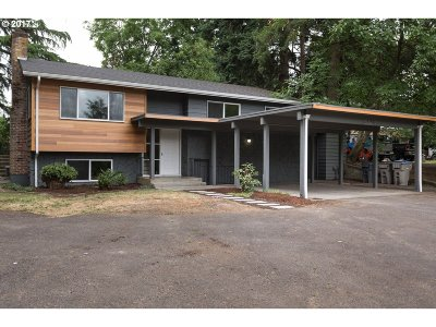 Tigard Single Family Home For Sale: 13660 SW Ash Ave