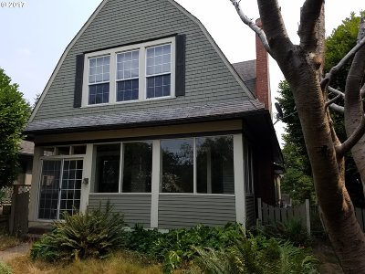 North Bend Single Family Home For Sale: 1475 Sherman