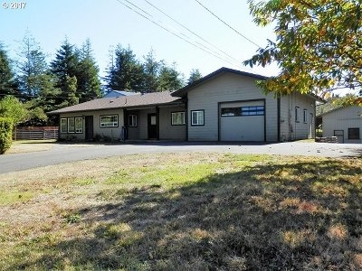 Coos Bay Single Family Home For Sale: 91528 Kellogg Ln