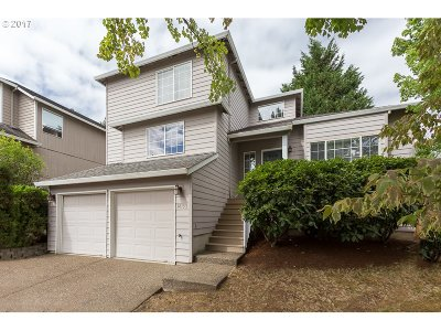 Beaverton Single Family Home For Sale: 18133 SW Kathy Ct