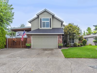 Gresham Single Family Home For Sale: 1756 SE Dogwood Way