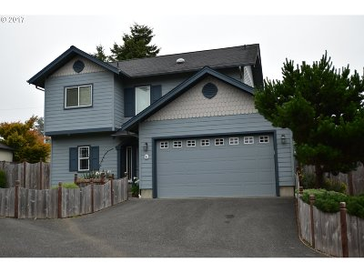 Brookings OR Condo/Townhouse For Sale: $299,000