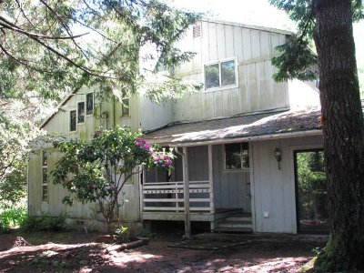 Port Orford Single Family Home For Sale: 93040 Salal Dr