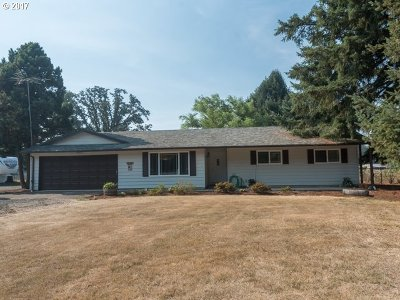 Canby OR Single Family Home For Sale: $460,000