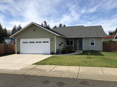 Coos Bay Single Family Home For Sale: 63456 James Dr