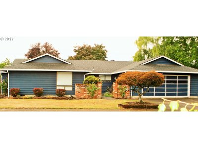 McMinnville Single Family Home For Sale: 2905 NE Redwood Dr