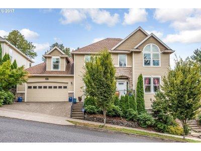 Single Family Home For Sale: 13642 SE Eastridge St