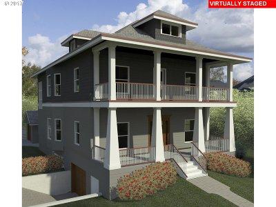 Clackamas County, Multnomah County, Washington County Multi Family Home For Sale: 6928 SE Raymond Ct