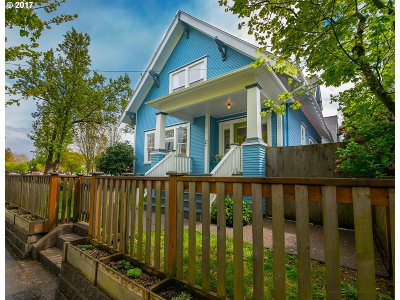 Single Family Home For Sale: 3754 SE Main St