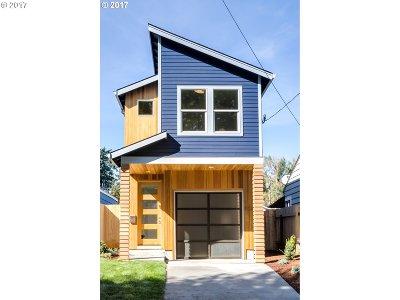 Portland Single Family Home For Sale: 9725 N Van Houten Ave