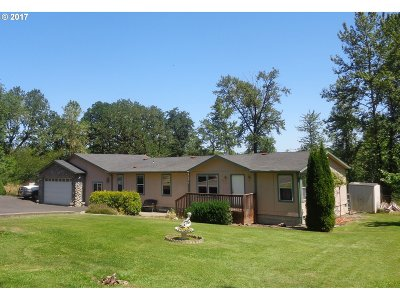 Cottage Grove Single Family Home For Sale: 78135 Daybreak Dr