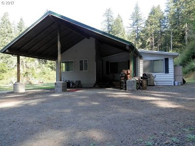 Coquille OR Single Family Home For Sale: $219,900