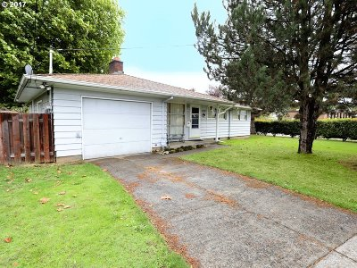 Portland Single Family Home For Sale: 1752 SE 96th Ave
