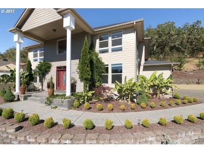 Roseburg Single Family Home For Sale: 2787 NW Daysha Dr