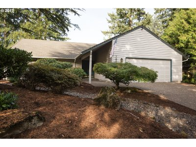 Beaverton Single Family Home For Sale: 7055 SW Tierra Del Mar Dr