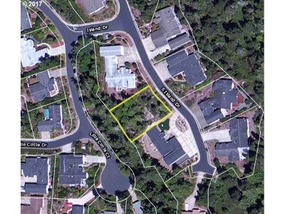 Residential Lots & Land Sold: 925 Island Dr